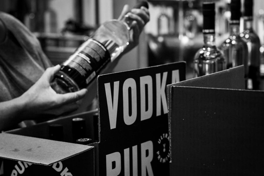 Pur Vodka is an internationally acclaimed vodka, born out of a unique startup story in Quebec, Canada